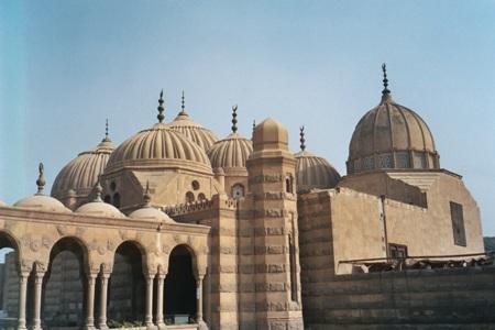 مسجد مملوكي في القاهرة،